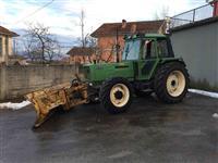 Traktor vo dobra sostojba