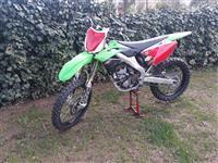 Kawasaki KX 250 F so dokumenti registriran
