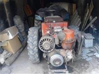 Traktor Toma Vinkovic 30 so prikolica