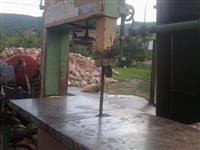 Masina za secenje i cepenje drva