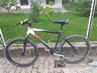 3 velosipedi