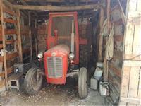 Traktor  IMT 533 set so plugovi i drljaci 2800