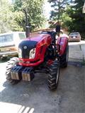 Nov Traktor Dong Feng 4x4 komplet so mehanizacija