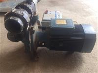 Motor za vadenje pedrollo