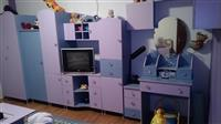 Zenska detska soba