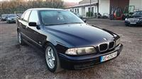 BMW 525 TDS -99 REG I  ZELEN KARTON