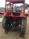 Dva traktori