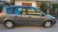 Renault Grand Scenic -05