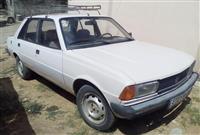 Peugeot 305 -82