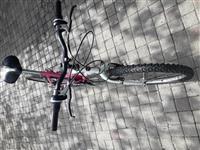 Prodavam velosiped-tocak