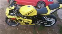 Motor Suzuki GSX R600