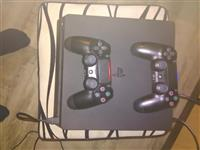 Playstation 4 500 gb slim so 2 kontroleri i 3 igri