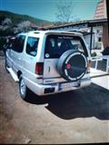Jeep tata safari