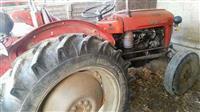 Traktor so masinerija