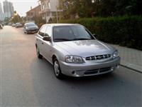 Hyundai Accent 1.3i 5 vrati klima odlicna sos -01