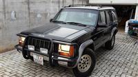 Jeep Cherokee -95