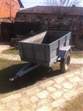 Prikolka za traktor