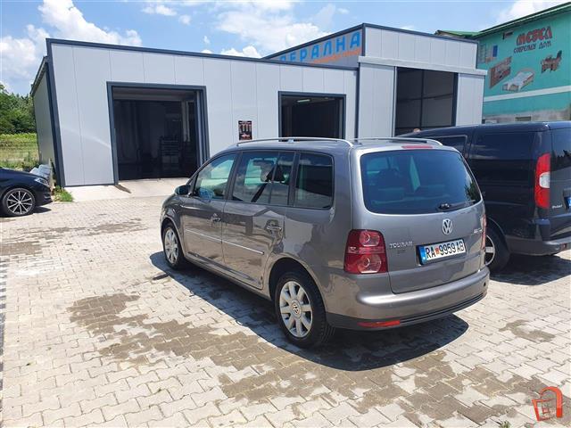 VW-TOURAN-2-0-170ks--07