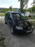 VW Sharan poveke namensko vozilo