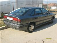 Renault Safrane -93