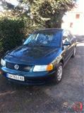 VW Passat  -97