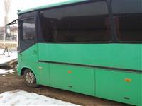 Mercedes-Benz avtobus