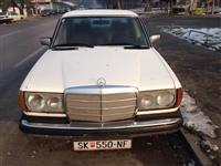 Mercedes w123 220 D -77