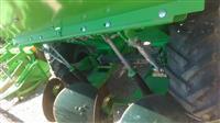 Masina za sadenje kompiri AVR-UP 3710