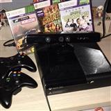 Xbox 360 500 GB + kinnect + 2 x controller(i)