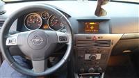 Opel Astra1.7cdti cosmo + navi -05