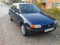 Opel Astra 1.7D -93